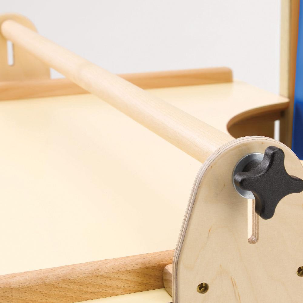 Handrail Width: Tray Handrail Full Width